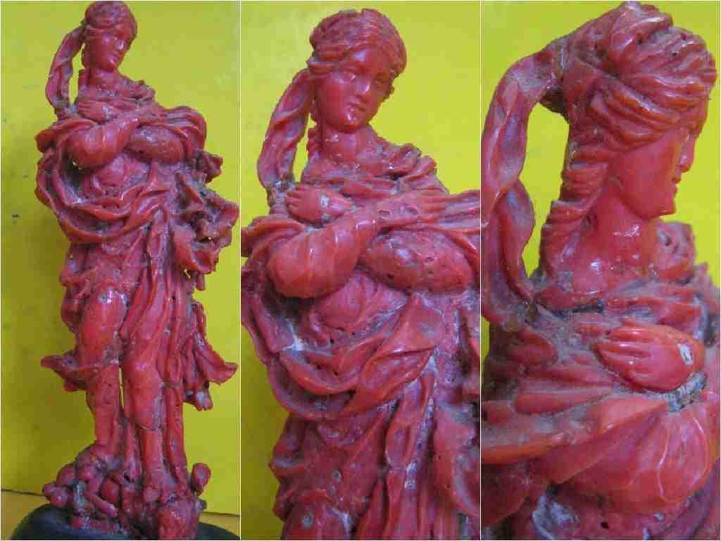 """Madonna in corallo trapanese   """" corallo di trapani """""""