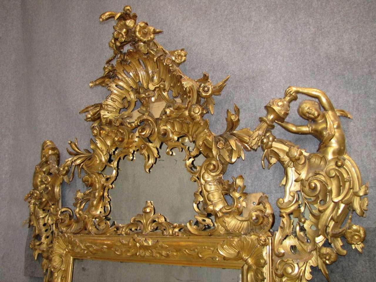 Specchiera dorata venezia oro foglia    Nereidi scolpite (foto)