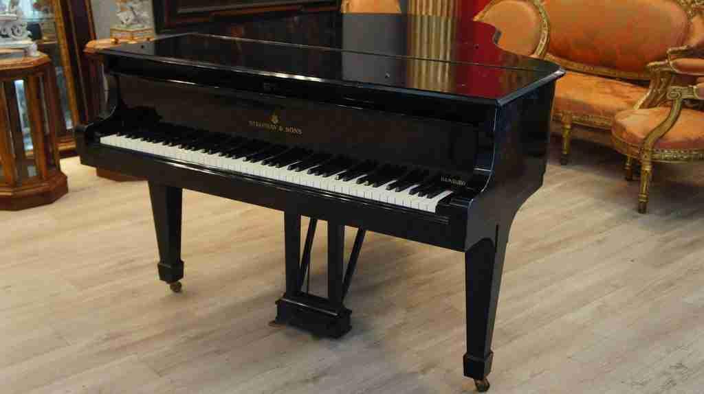 Steinway pianoforte a mezza coda amburgo