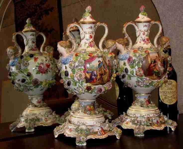 Coppia vasi ceramica dipinti a mano decorazioni floreali for Vasi antichi