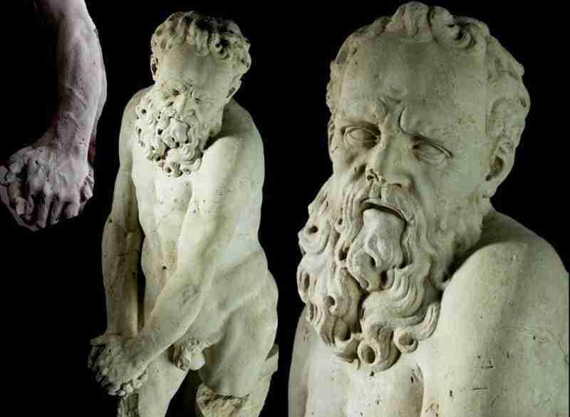 statua scultura in pietra d'Istria