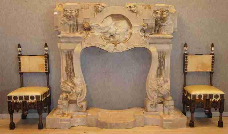 camino Liberty opera di Bistolfi - sedie Carlo Bugatti