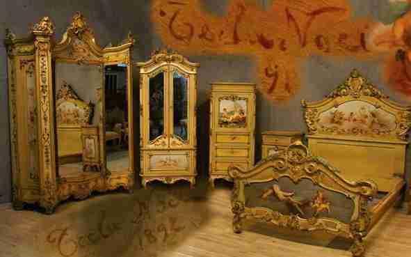 dipinti di Romano Noci firmati e datati 1892 su tutta la camera da letto
