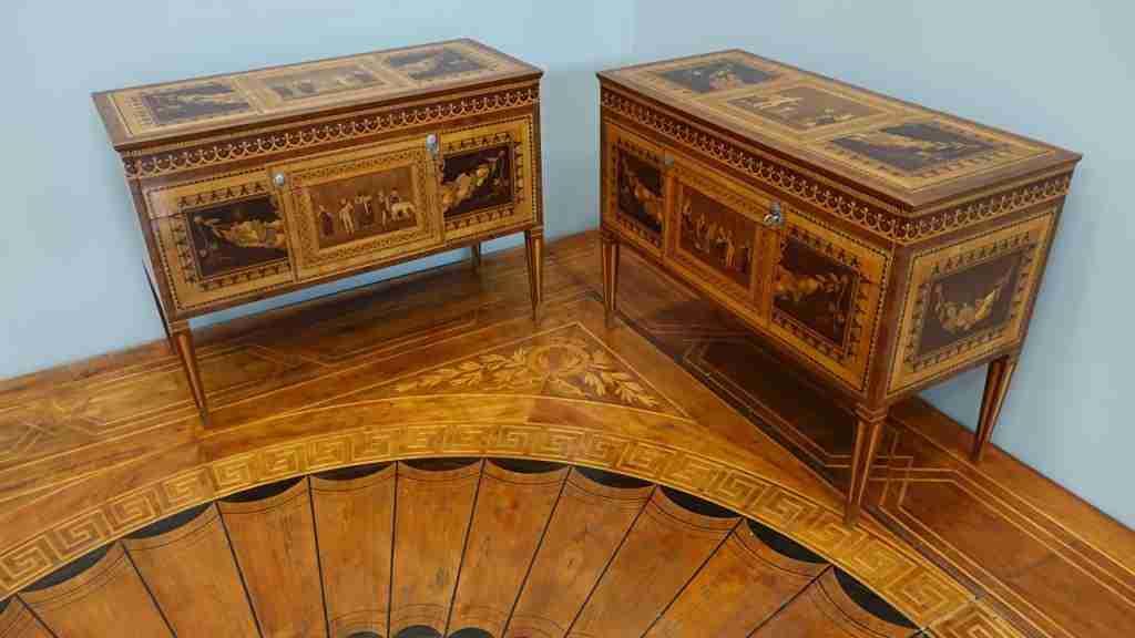 Francesco Abbiati coppia di mobili 19