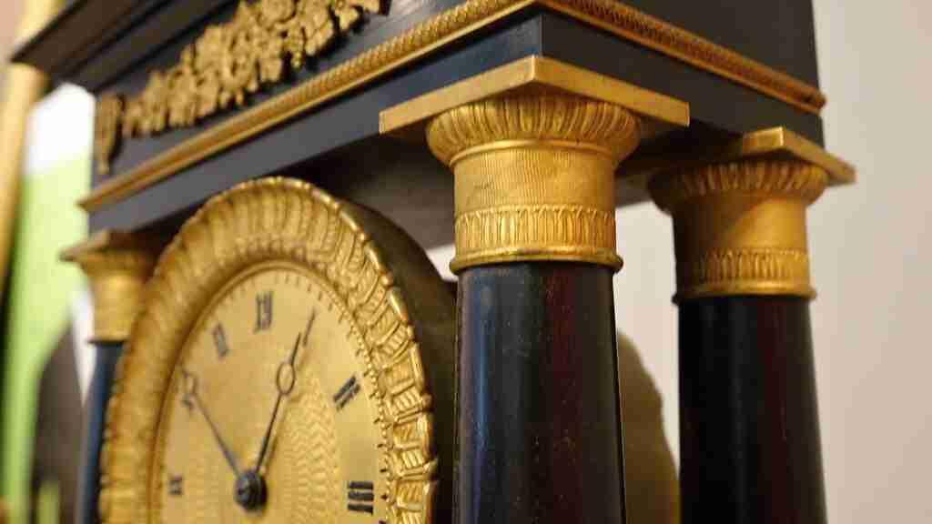 orologio+impero+dorato+al+mercurio_16