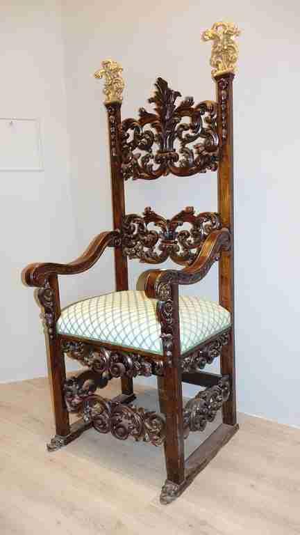 trono 10