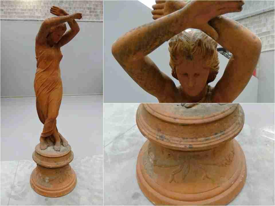 01 terracotta statua