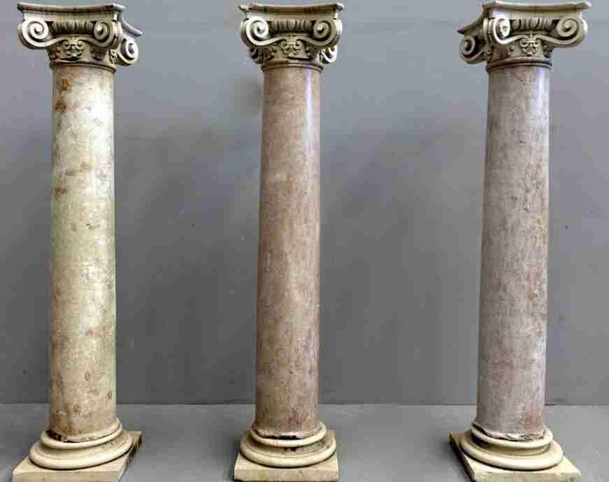 Colonne marmo capitelli Luigi XIV  0230194
