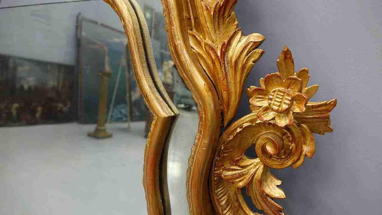 specchiera dorata 18