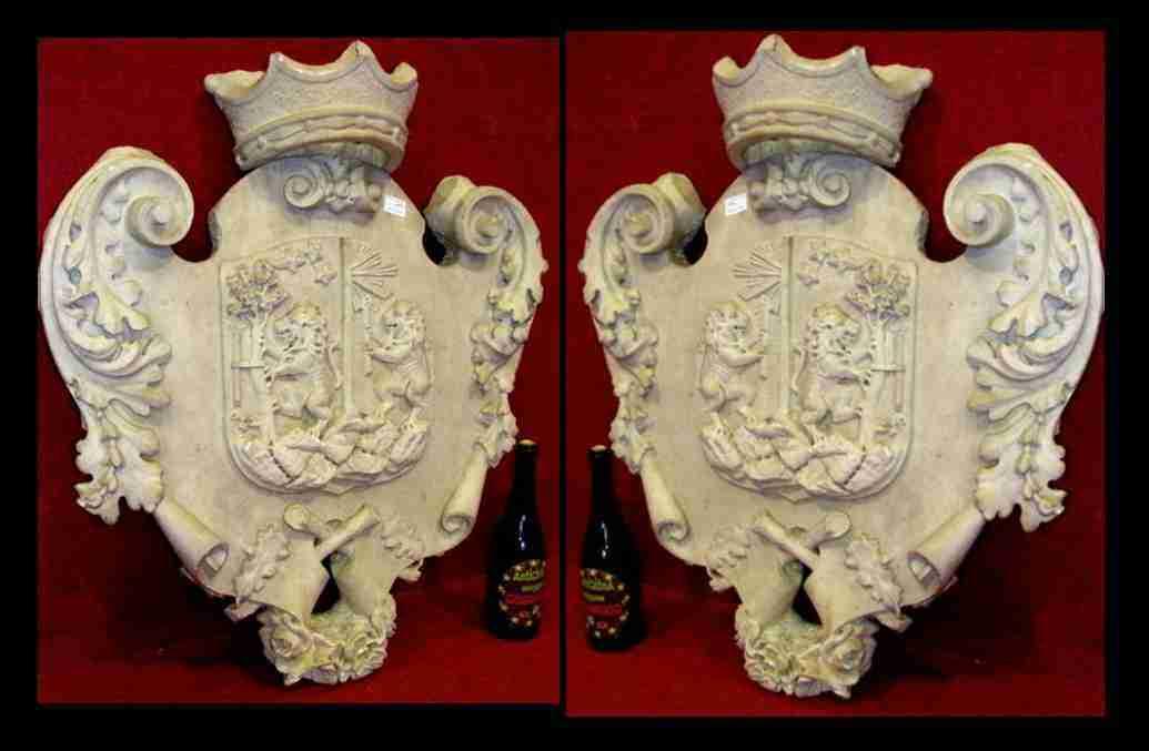 araldica - stemma nobiliare in piatra