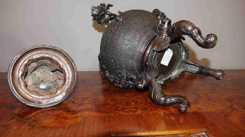 vaso bronzo orientale 16