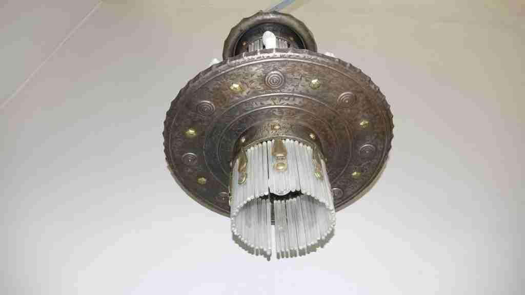 lampadario bugatti 2
