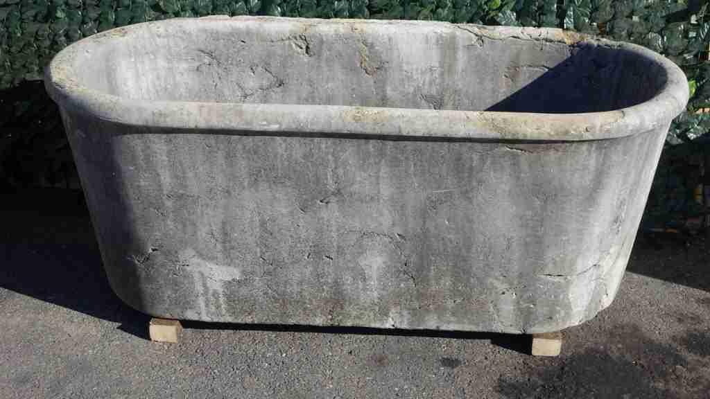 vasca pietra giardino 1