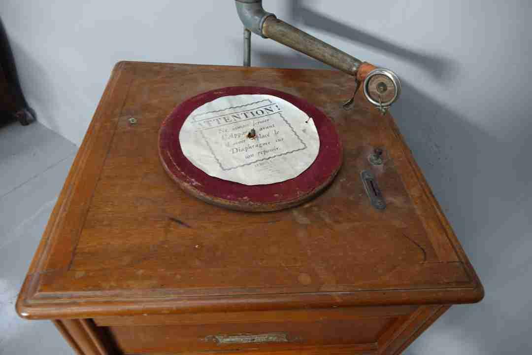 juke-box-grammofono-a-tromba-21