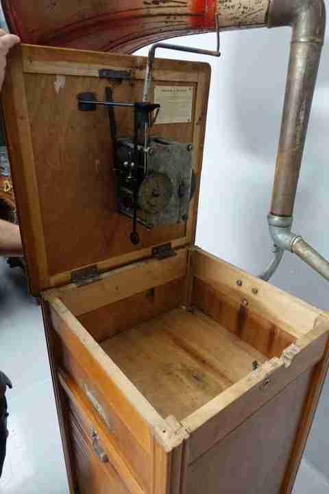 juke-box-grammofono-a-tromba-29