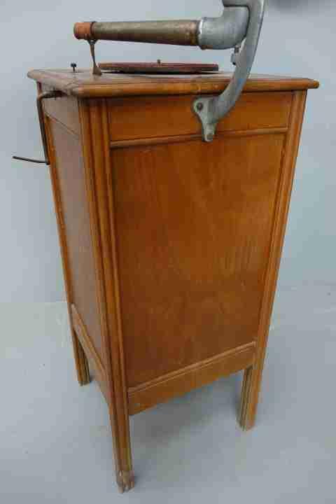 juke-box-grammofono-a-tromba-43