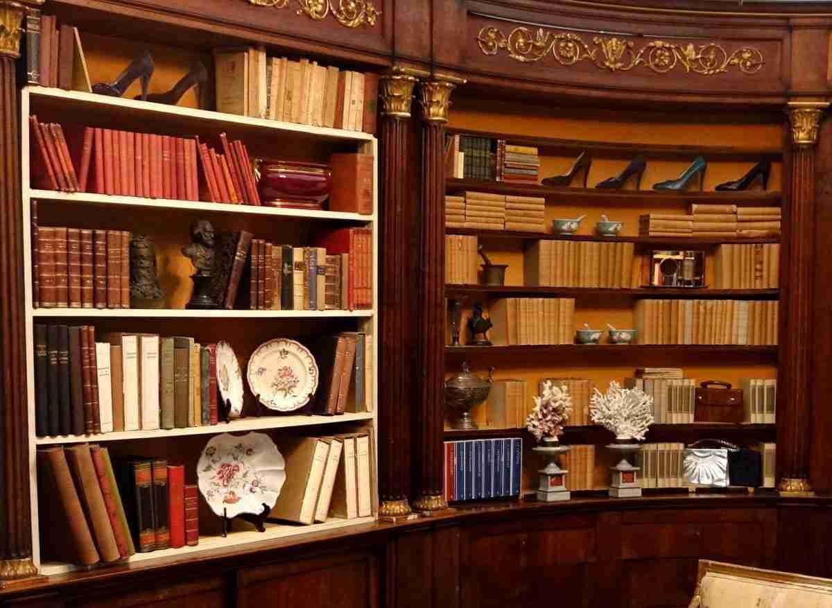 libreria-boiserie-farmacia-700-noce-9b