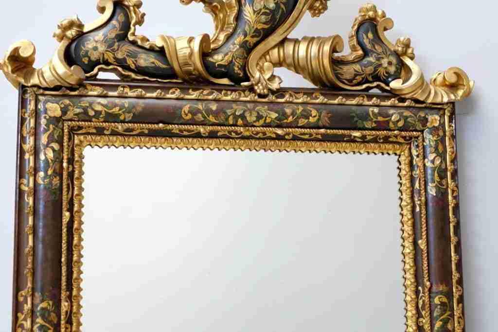 specchiera-laccata-veneziana-madre-perla-37