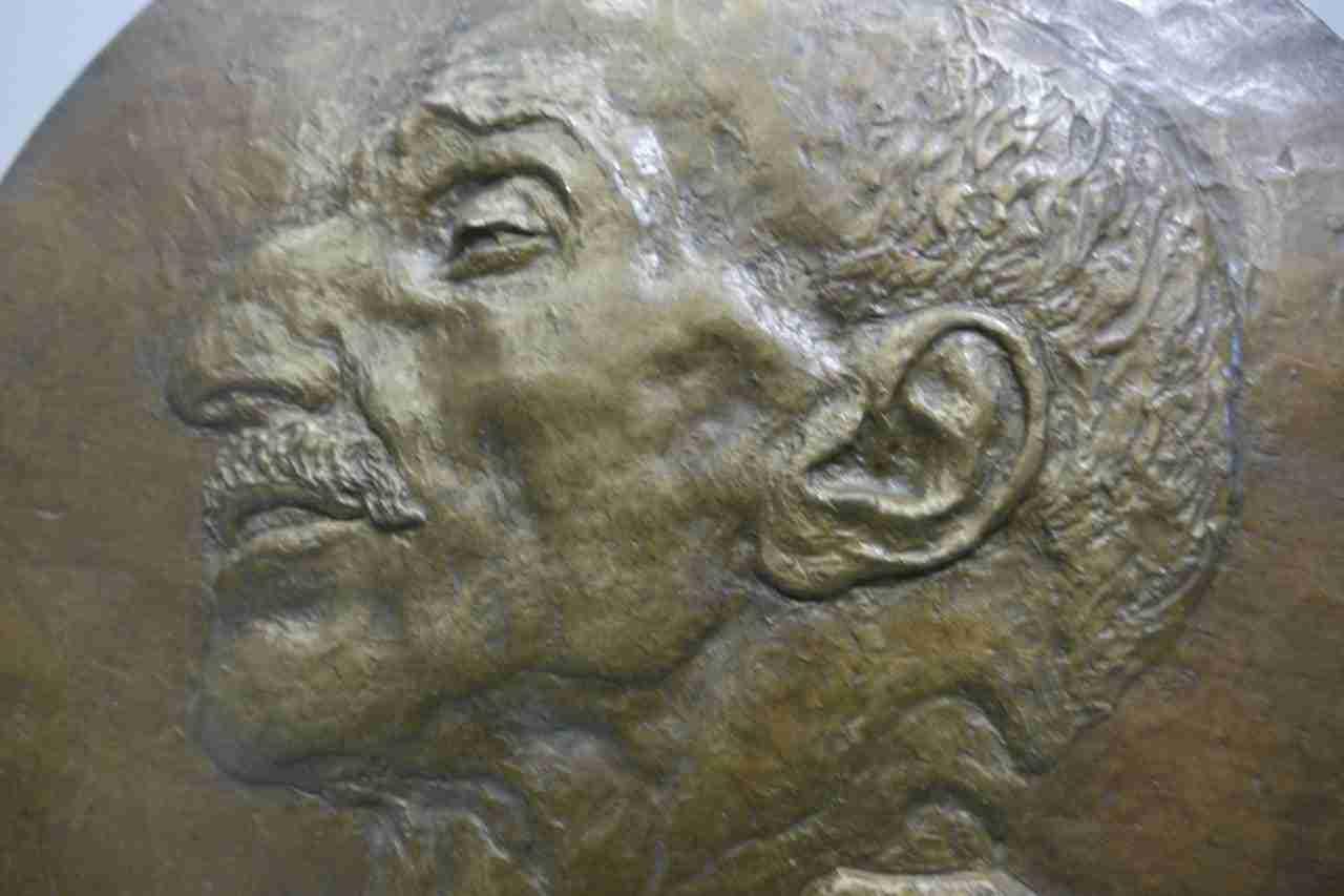 bronzo-leonardo-bistolfi-8