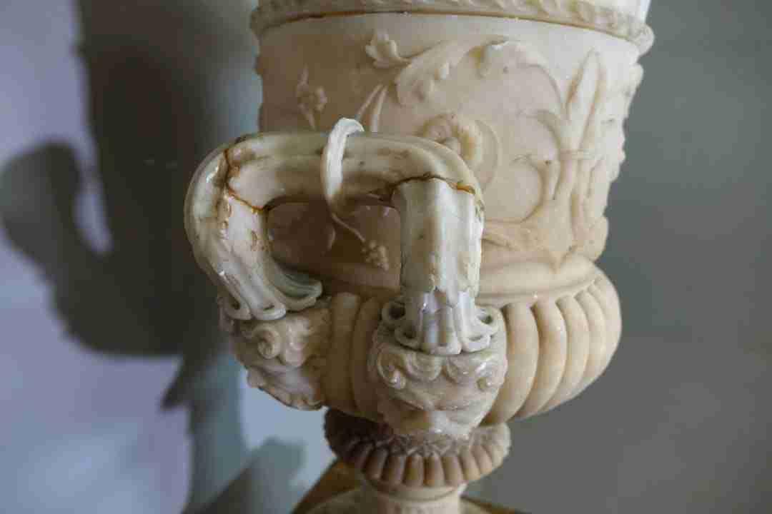 vaso-neoclassico-alabastro-12