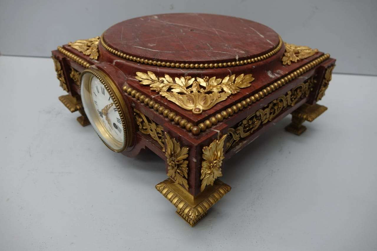base-marmo-rouge-bronzo-orologio-27