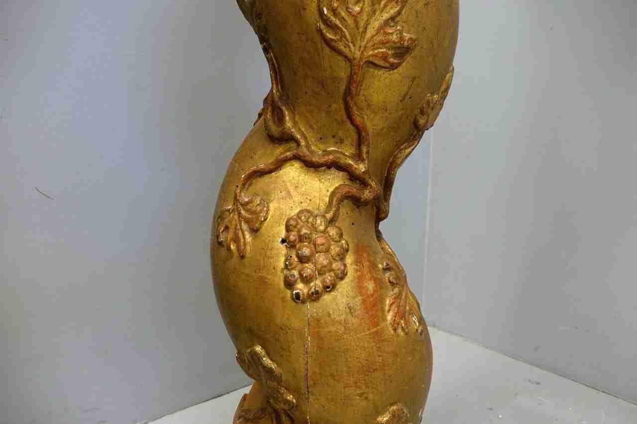 colonne-torcilioni-dorate-con-capitelli-22
