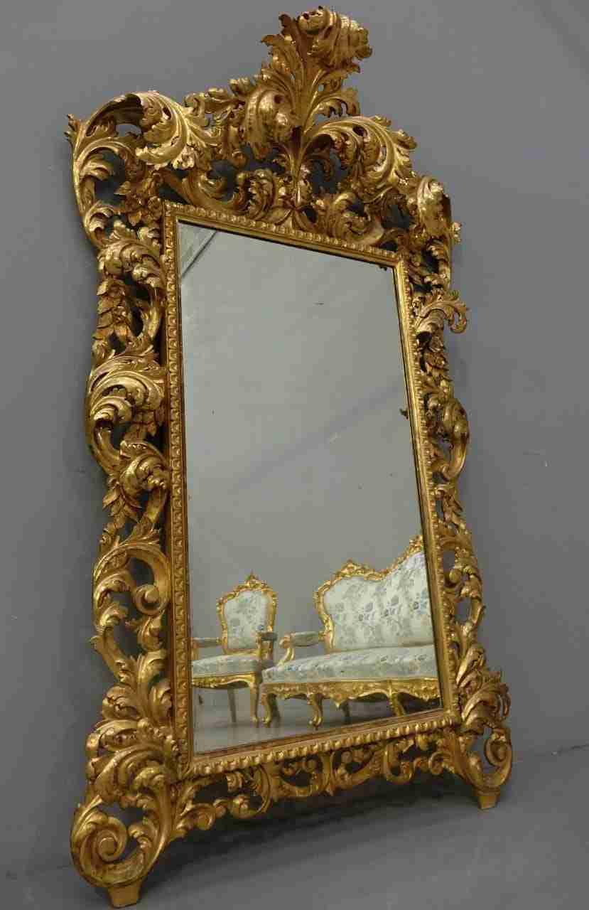 salotto-dorato-in-stile-luigi-xv-11