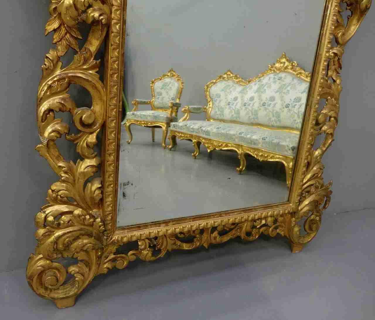 salotto-dorato-in-stile-luigi-xv-19