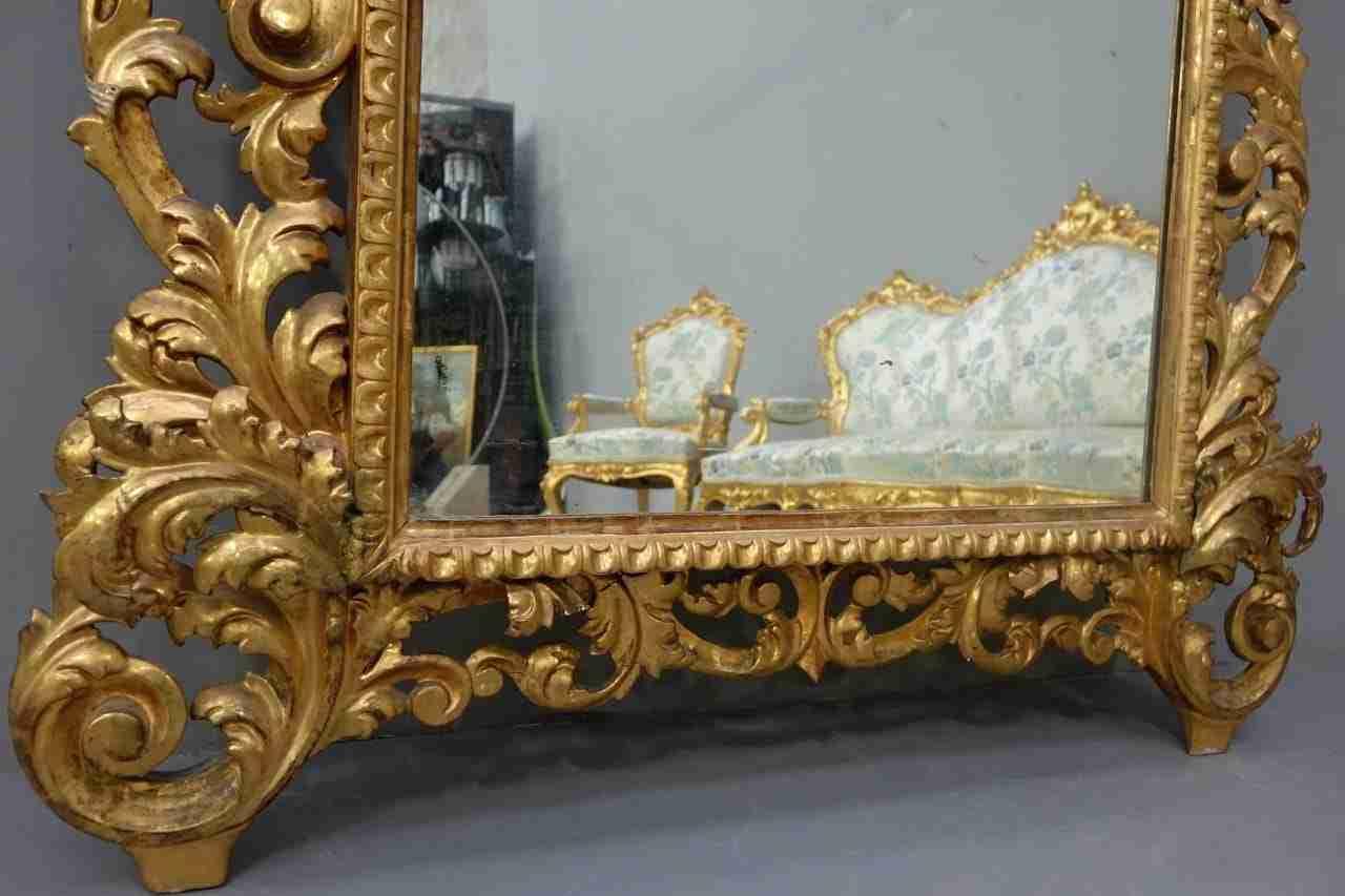 salotto dorato in stile Luigi XV | Gognabros.it