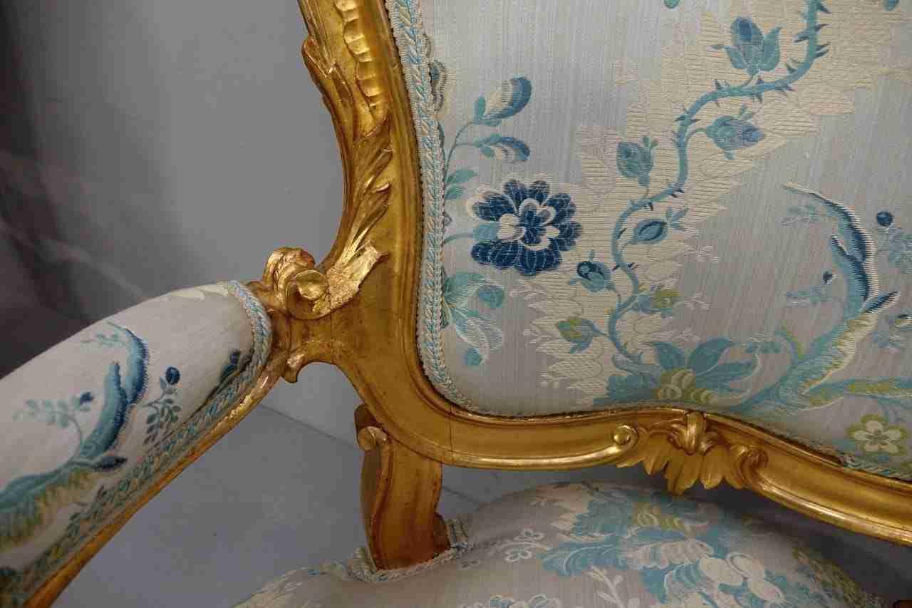 salotto-dorato-in-stile-luigi-xv-39
