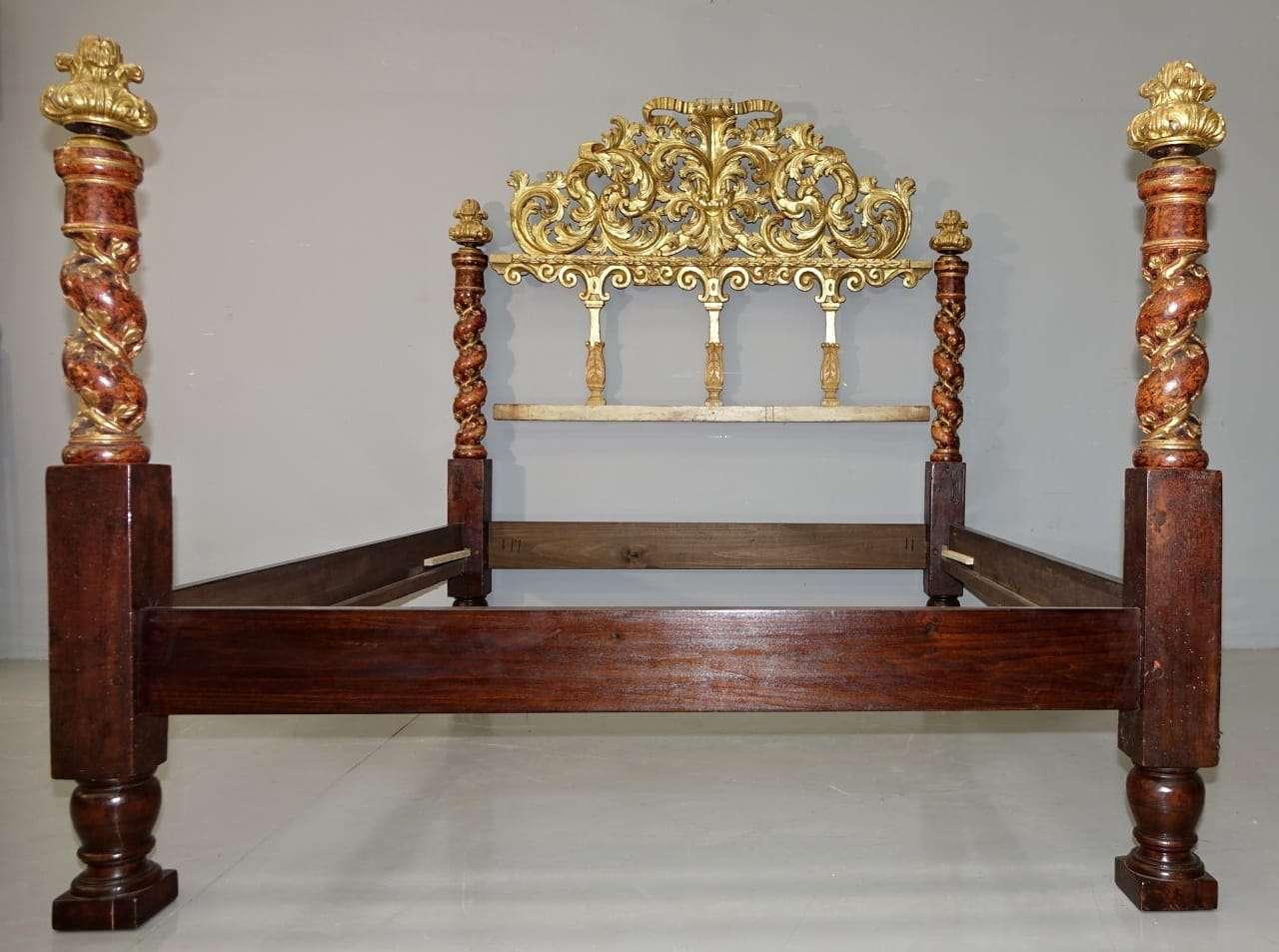 Grande letto a baldacchino 600 barocco emiliano laccato e - Letto a baldacchino antico ...