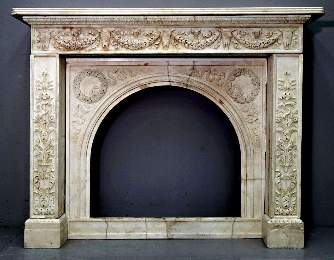 Camino in marmo Luigi XVI