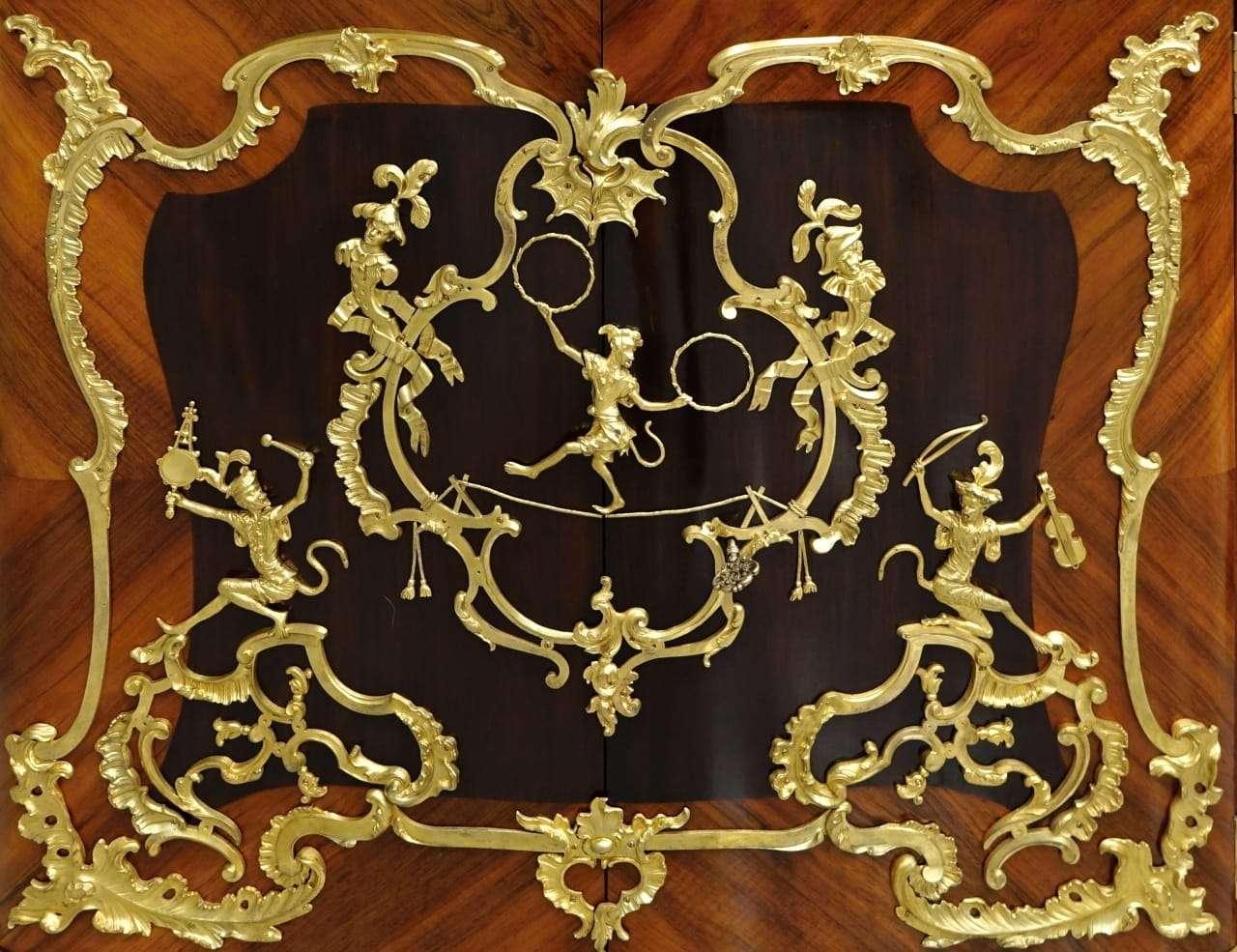 La Credenza In Tedesco : Staffa laterale legno radica console credenza di teak tavolo da