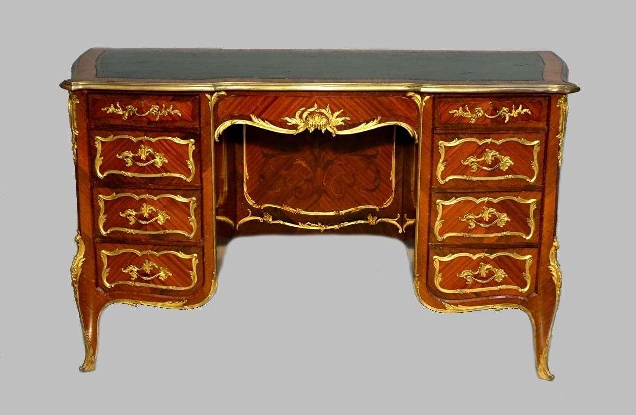 Scrivania da centro intarsiata applicazioni in bronzi dorato firmato François Linke 1117002-14