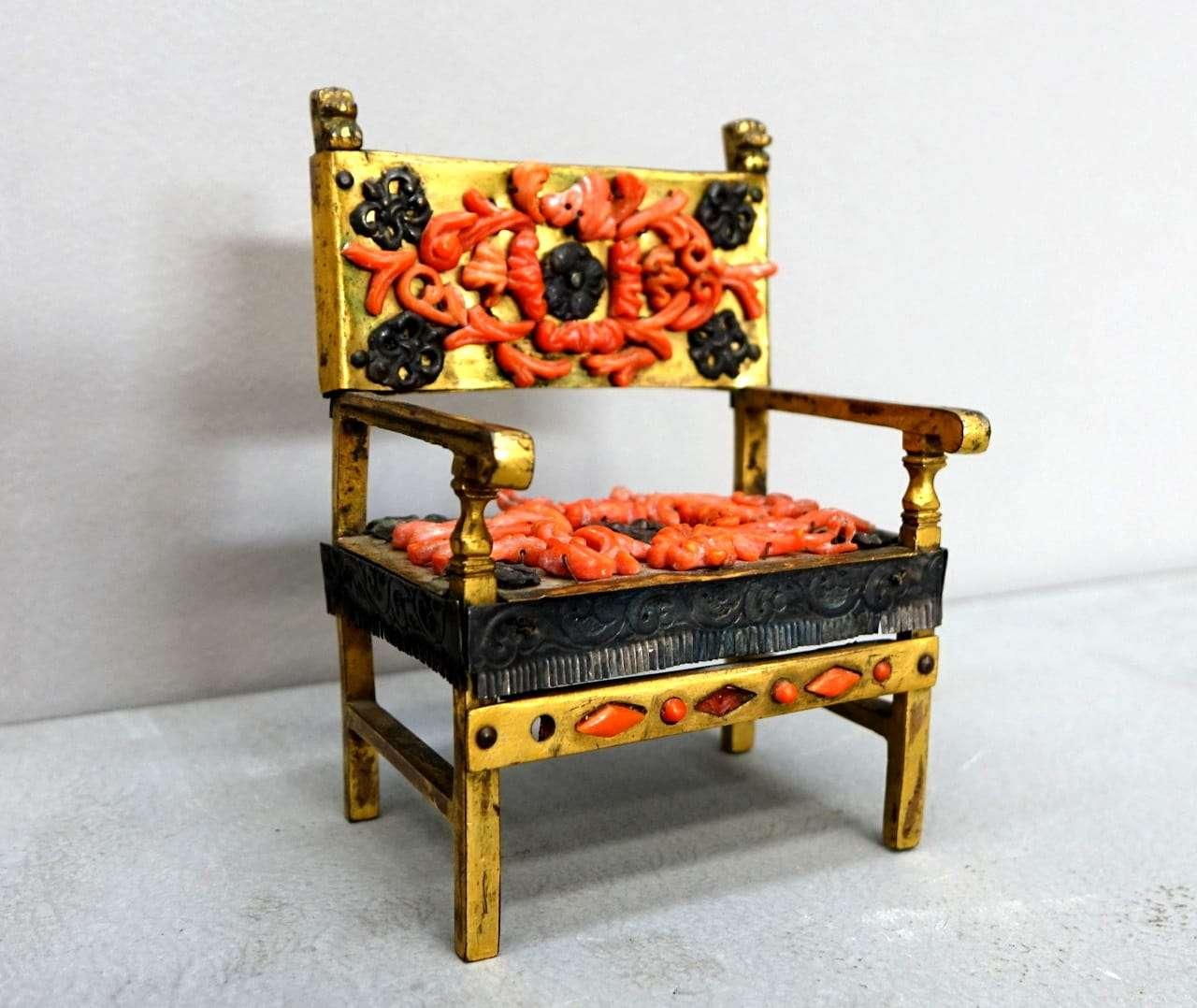 miniatura corallo trapanese Poltrona soprammobile bronzo  0917036