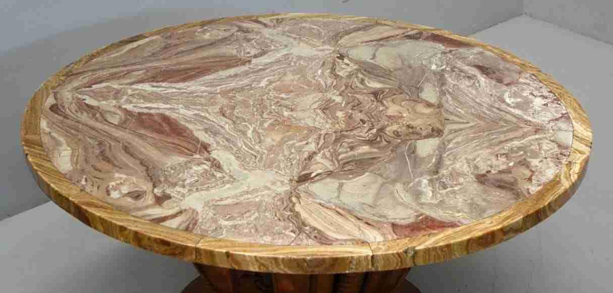 Sala da pranzo Art Deco' tavolo rotondo in marmo ...