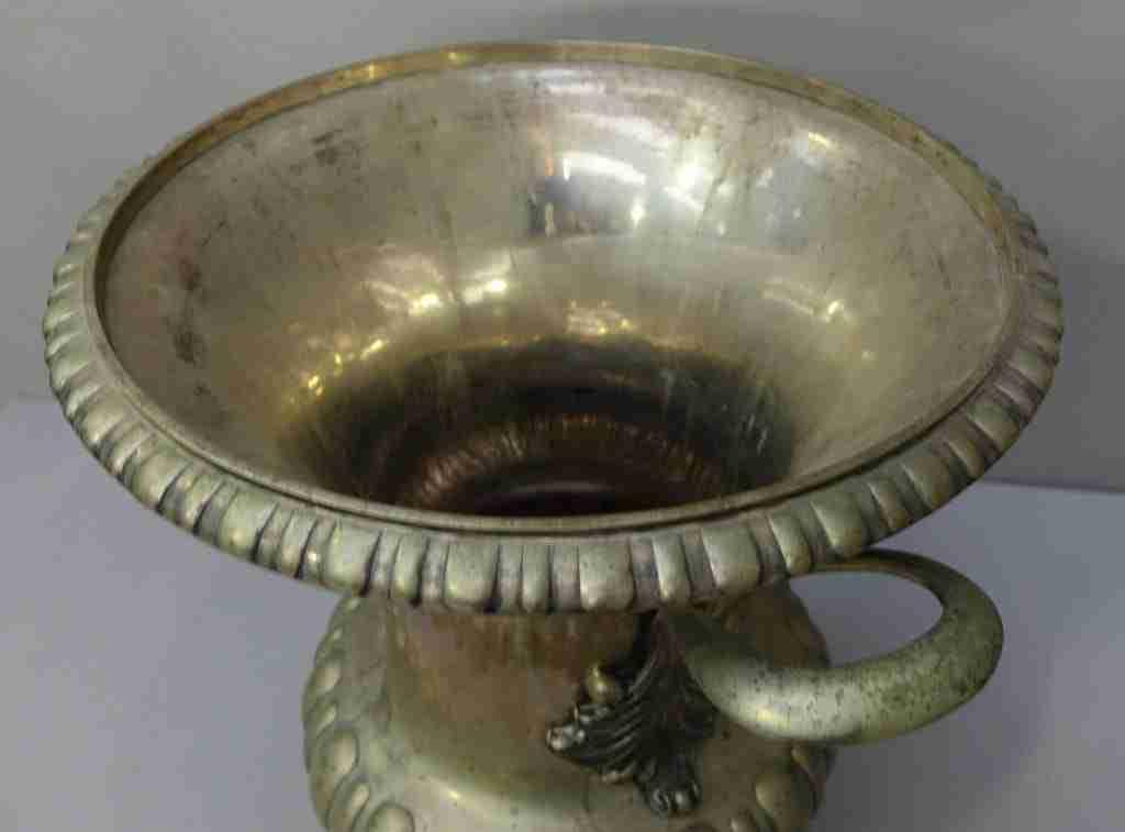 Vaso argento Ventrella Roma