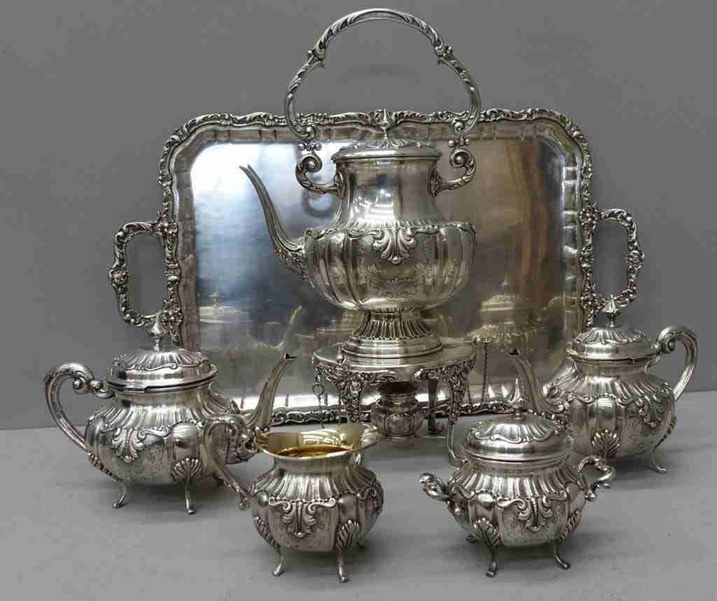 Servizio da the argento punzonato 1018mi  peso: 10,110 Kilogrammi