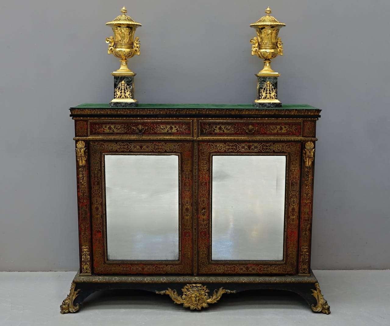 coppia di Vasi in bronzo dorato Manifattura Manfredini