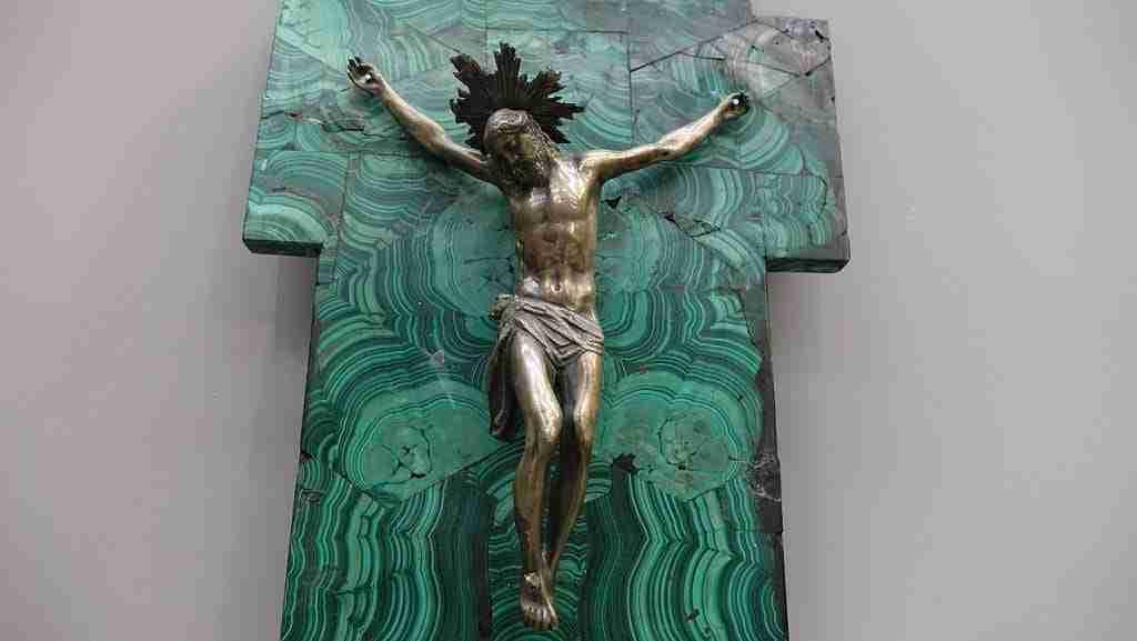 Cristo in argento crocifisso malachite