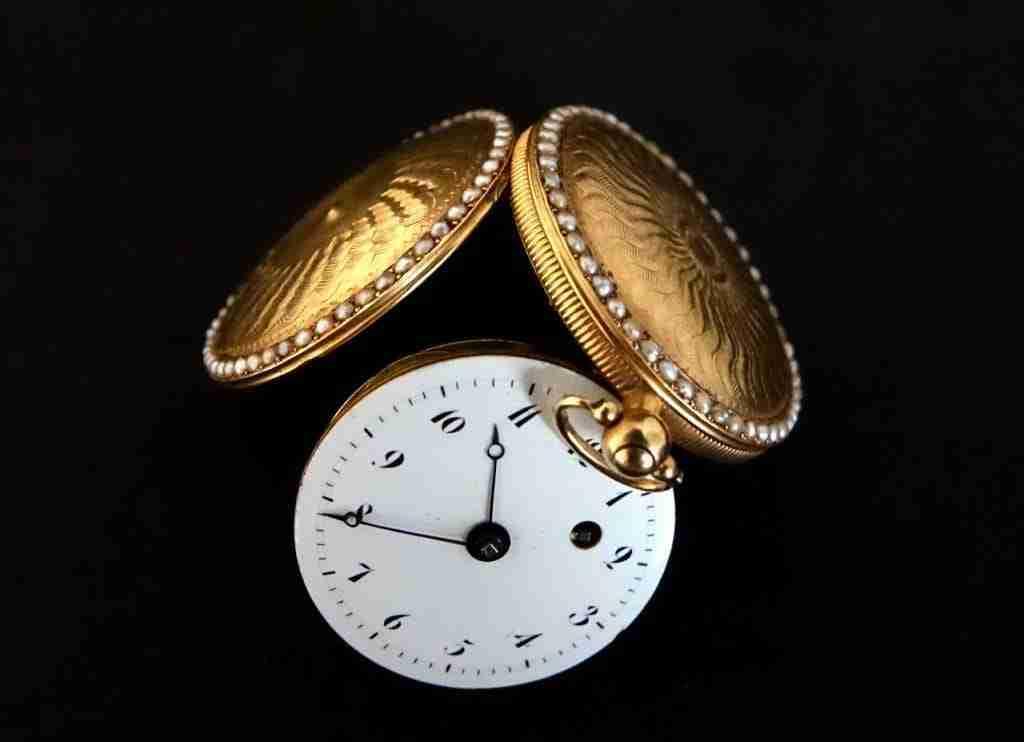 Orologio da tasca oro e perle Ginevra
