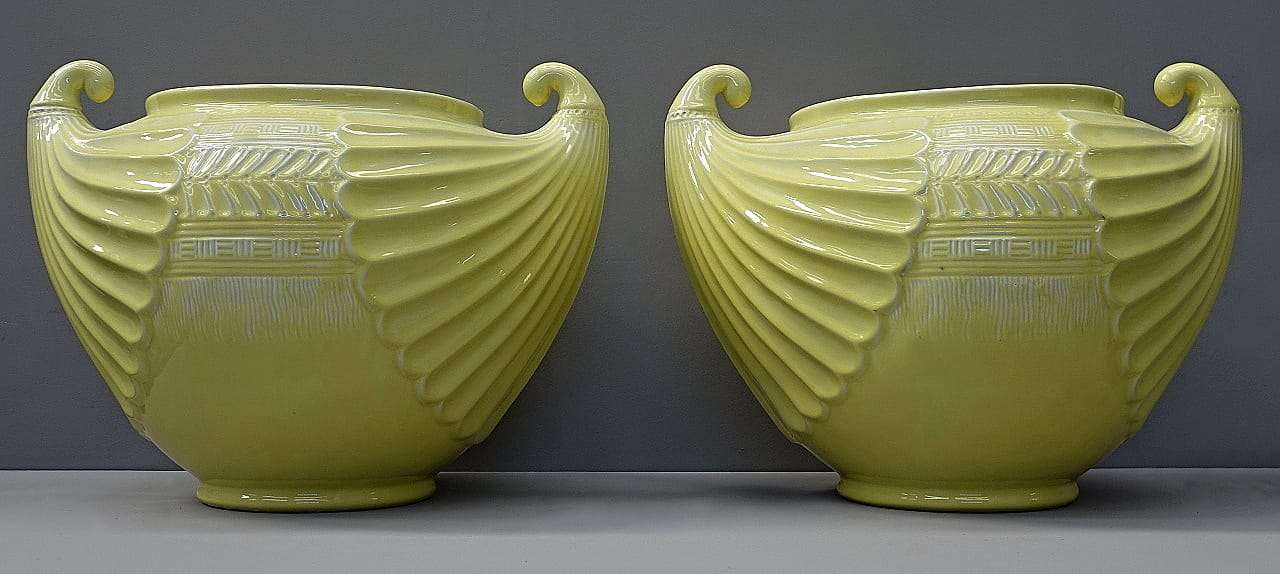 Ernesto Basile coppia di grandi vasi in ceramica