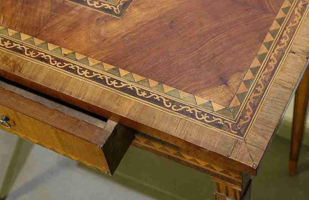 Tavolino Luigi XVI Neoclassico intarsiato 1118007