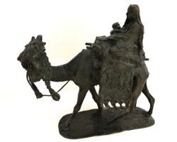 Ernesto Bazzaro scultura in bronzo orientalista scapigliata - maternita' su cammello