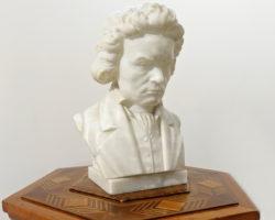 """Scultura busto Beethoven in marmo firmato """"Studi Prof. G. Bessi"""""""