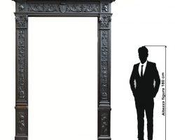 Grande portale rinascimento in legno di noce massello scolpito XIX secolo