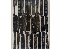 Arman- scultura - accumulazione di telefoni - arte contemporanea - design