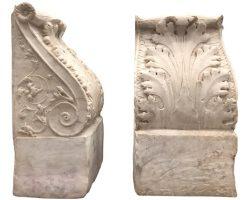 Coppia mensole capitelli in marmo bianco di Carrara neoclassici Palermo