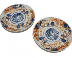 Coppia piatti in ceramica cinese, disegno imari