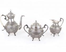 Servizio da the in argento decorato in stile arabo orientale, Turchia, India